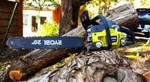 Best Ryobi Chainsaw Reviews [Battery or Cordless Chainsaw]