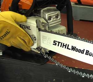 Chainsaw Side Plate Replacing