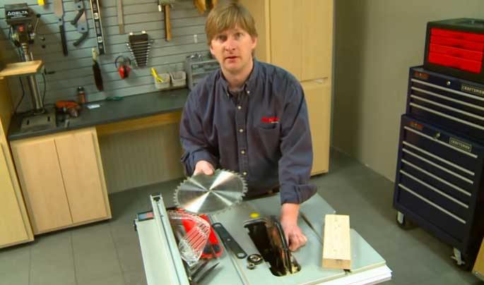 Changing Table Saw New Blade