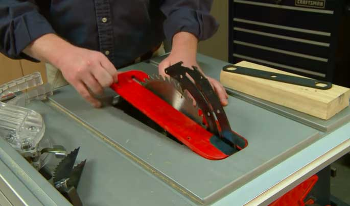 Table Saw Blade Plate Removing