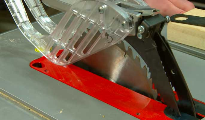 Table Saw Blade Removing